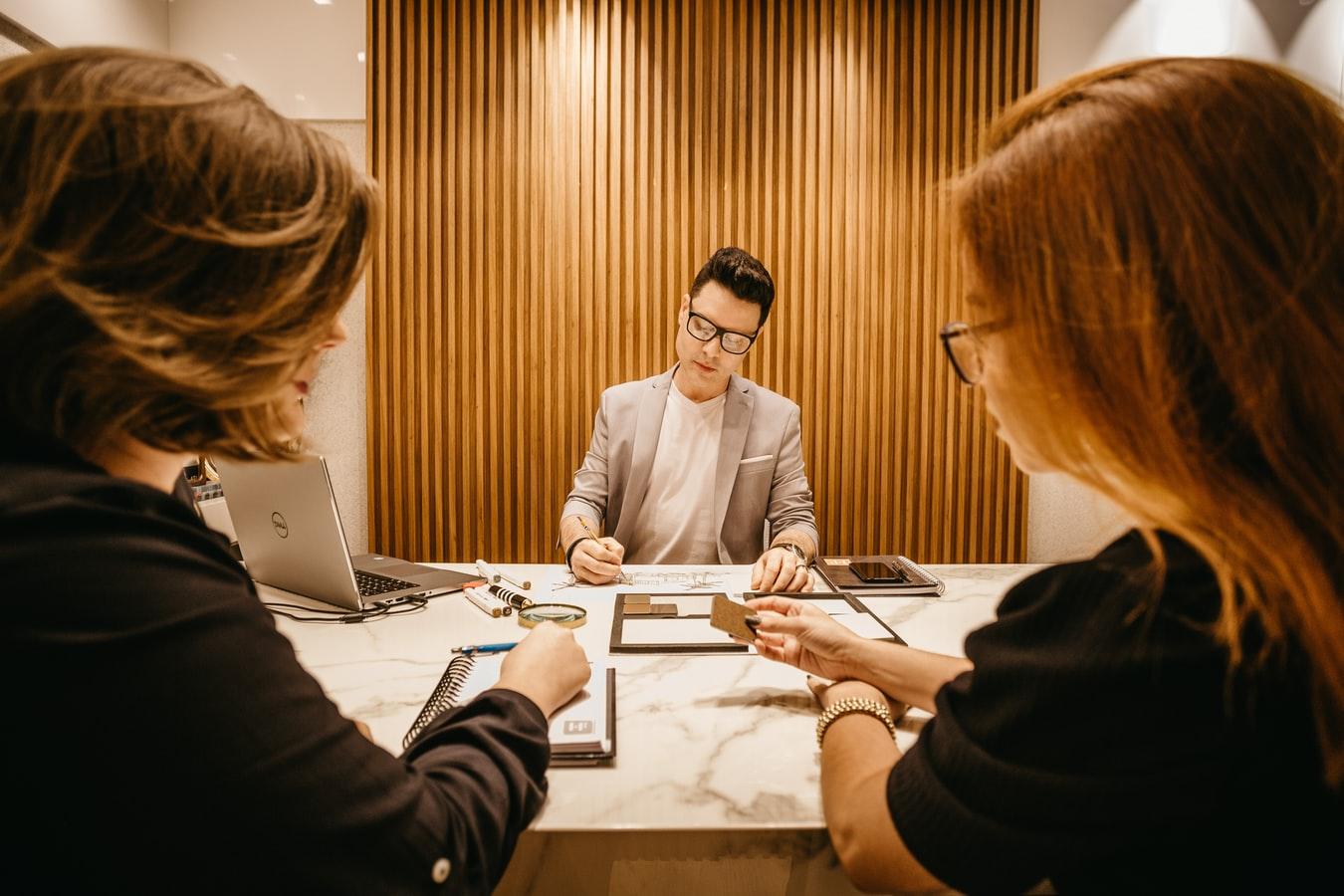 Rynek pracownika – jak zorganizować proces rekrutacji?